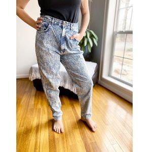 Vintage 80's Chic Acid Wash High Waist Mom Jeans